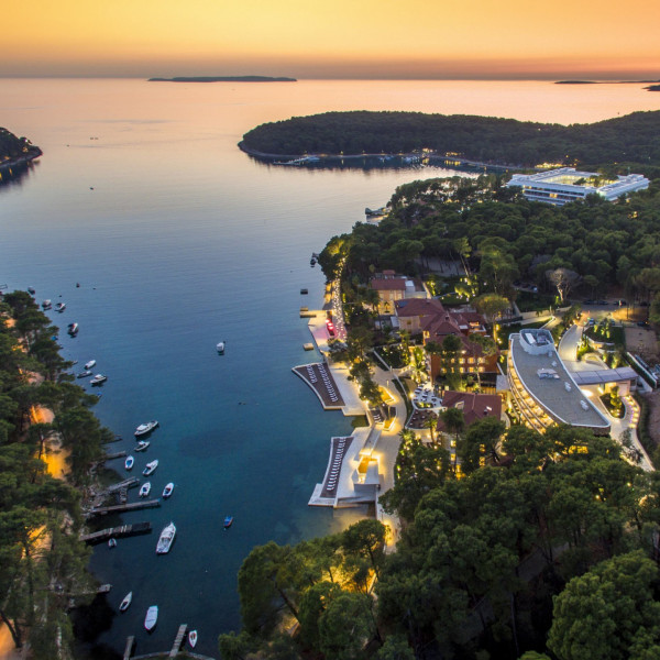 Boutique Hotel Alhambra offer, Vacation villas, apartments and hotels in Croatia - Charming Croatia