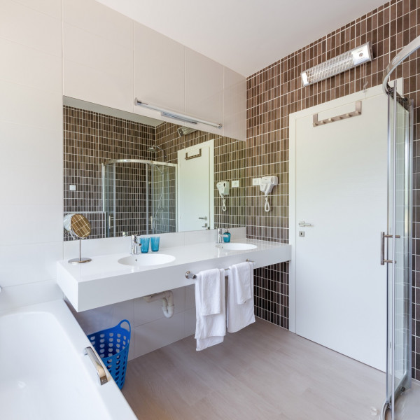 Bathroom / WC, Villa Lokva Rogoznica Perle, Vacation villas, apartments and hotels in Croatia - Charming Croatia  - Apartmanica