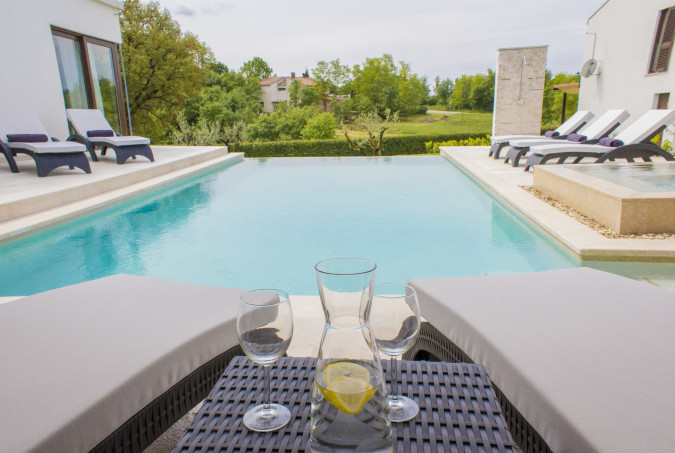 Villa Luna Bianca, Vacation villas, apartments and hotels in Croatia - Charming Croatia  - Apartmanica