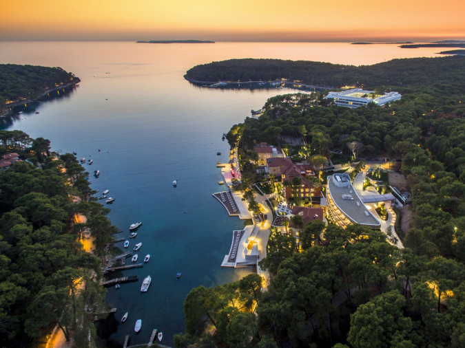 Getting to Losinj, Villas with pool, holiday houses and hotels in Croatia - Charming Croatia