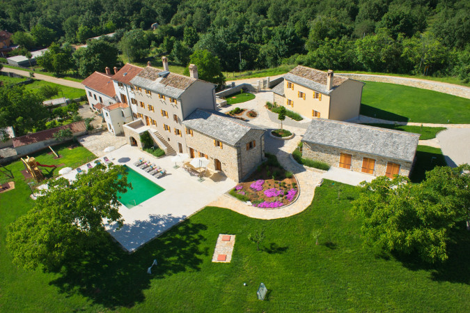 Villa Stancija Groznjan, Vacation villas, apartments and hotels in Croatia - Charming Croatia