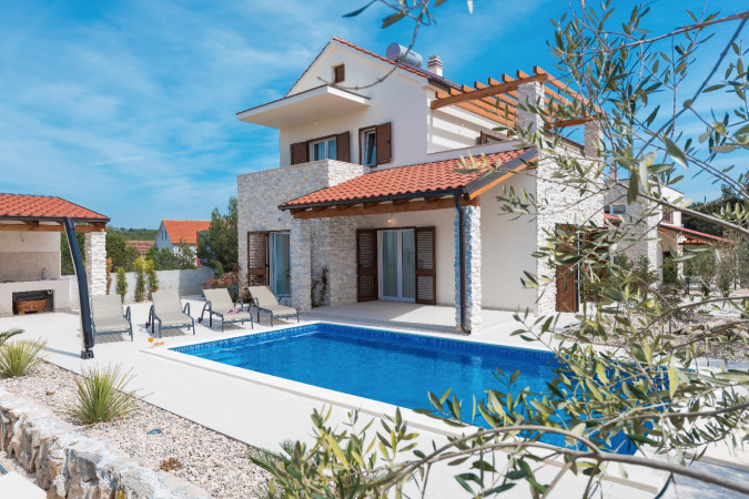 Villa Luna, Villas with pool, holiday houses and hotels in Croatia - Charming Croatia