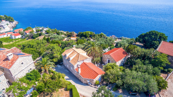 Holiday Home Casa Garden, Villas with pool, holiday houses and hotels in Croatia - Charming Croatia