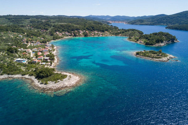 Vacation villas, apartments and hotels in Croatia - Charming
