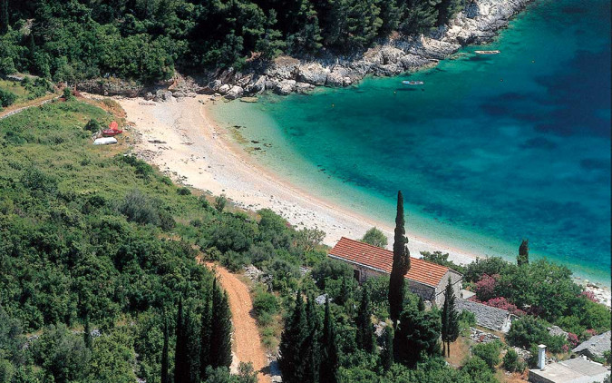Crystal clear waters, Vacation villas, apartments and hotels in Croatia - Charming Croatia
