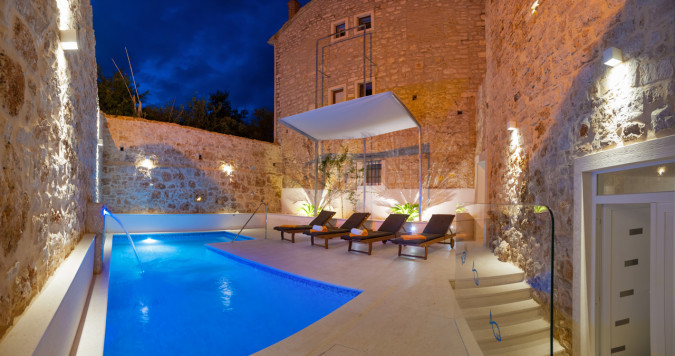 Villa Majestic, Villas with pool, holiday houses and hotels in Croatia - Charming Croatia