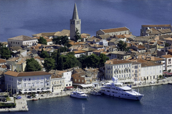 Porec, Vacation villas, apartments and hotels in Croatia - Charming Croatia  - Apartmanica