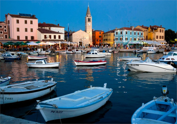 Fazana, Vacation villas, apartments and hotels in Croatia - Charming Croatia  - Apartmanica