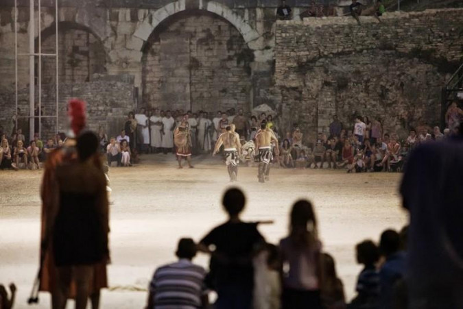 Spectacvla Antiquva - Gladiator Fights, Vacation villas, apartments and hotels in Croatia - Charming Croatia  - Apartmanica