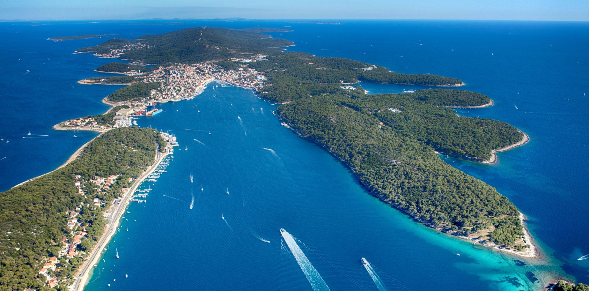 Vacation villas, apartments and hotels in Croatia - Charming Croatia